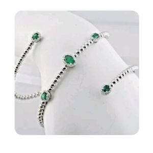 18k natural emerald and diamond rolled Bracelet